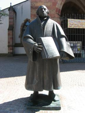 Luther Figur in Landau Foto Brandt